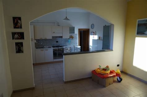 Muretto Divisorio Cucina Soggiorno by Arco Tra Soggiorno E Cucina Mattsole