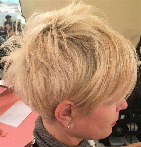edgy short messy hairstyles 70 short shaggy spiky edgy pixie cuts and hairstyles