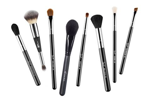 7 Makeup Tools You Must To Do Your Makeup Like A Pro by 9 Must Makeup Brushes Every Needs Simply Sona
