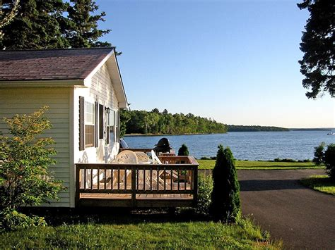 cottage rentals cottage rentals bar harbor maine lakeside cabin rentals