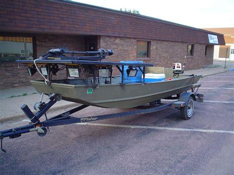 carp bowfishing boats bowfishing boats fishing action pinterest bowfishing