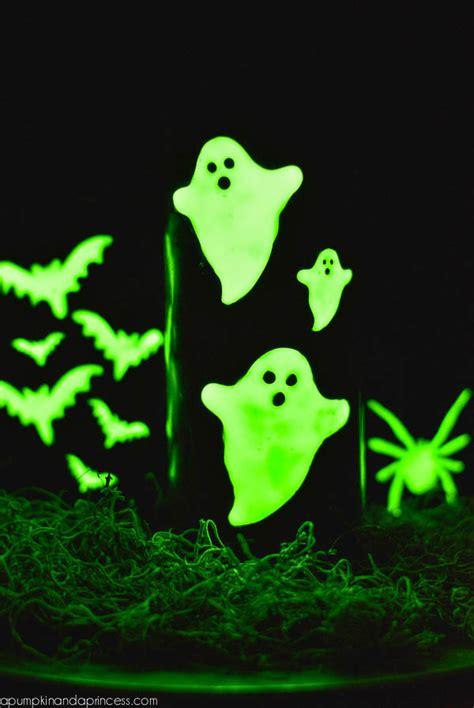 spooky diy halloween candles