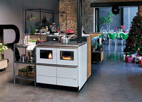 cucine economiche a legna palazzetti idro la cucina economica a pellet di palazzetti