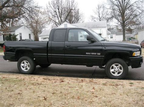 find used 2000 dodge ram 1500 sport extended cab pickup 4 door 5 2l in saint louis missouri