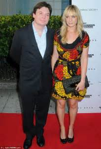 mike myers family mike myers and his wife kelly tisdale are expecting their