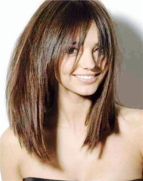 angled layered medium length haircuts 1000 ideas about layered bob haircuts on pinterest