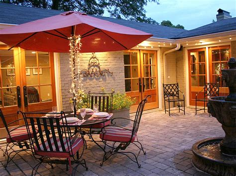 backyard courtyard ideas cozy intimate courtyards outdoor spaces patio ideas