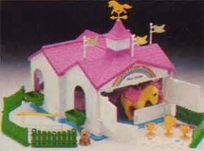 my little pony house 1000 ideas about vintage toys 80s on pinterest toys from the 80s 80 toys and