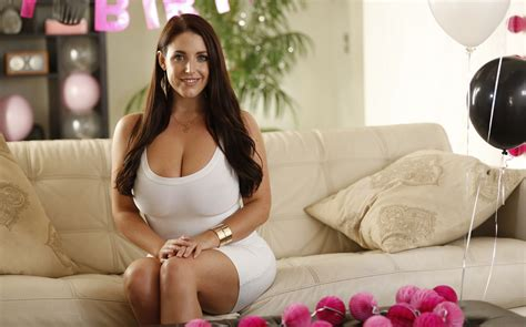 sophie dee couch angela white model women cleavage big boobs