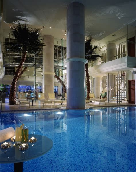 Beirut Hotel 2011 Beyrouth Hã Tel For Free The Phoenicia Hotel In Beirut Lebanon An Amazing Place
