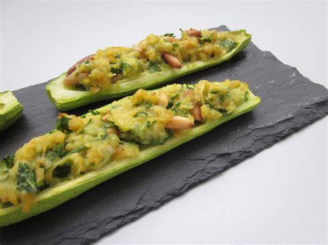 cuisine courgette petites courgettes farcies aux pois chiches plats cuisin 233 s