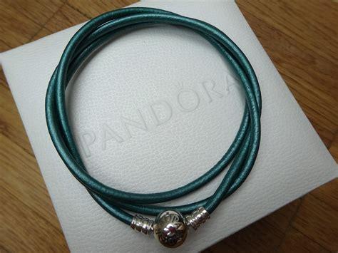 Wrap Giveaway - 2nd blog birthday pandora giveaway happyface313