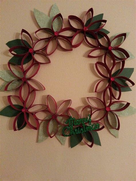 repurposed paper towel roll wreath crafts pinterest