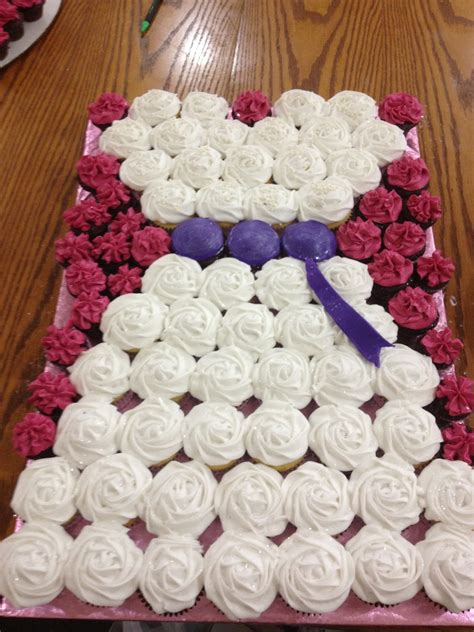 cupcakes ideas for bridal showers and other shenanigans bridal shower cupcake arrangement