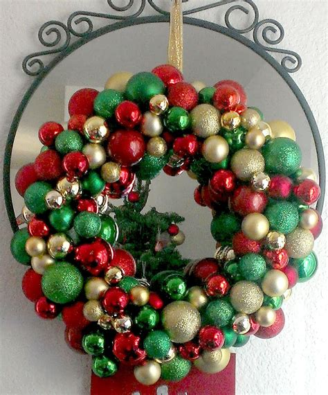livelovediy 20 diy christmas ornament wreath ideas