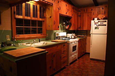 knotty pine kitchen cabinets dark knotty pine kitchen cabinets quicua com