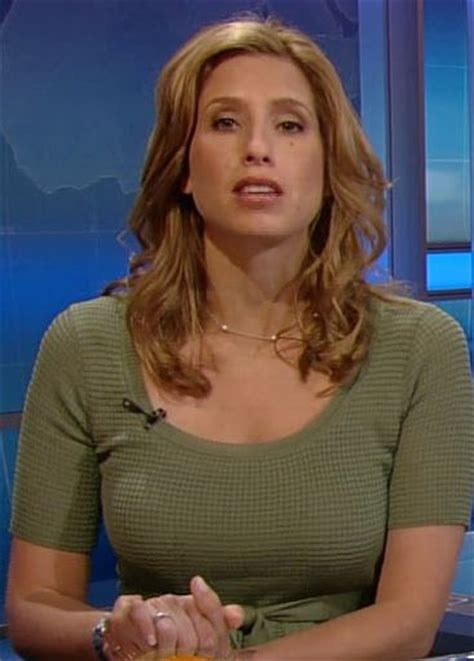 weather channel girl stephanie pictures to pin on stephanie abrams hot news women pinterest stephanie