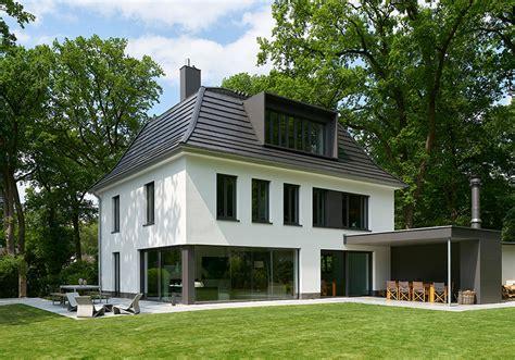 Graue Fenster Welche Fassade by Graue Fassade Weie Fenster Great Hausfassade Modern