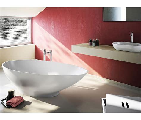 clearwater bathrooms clearwater teardrop modern small freestanding oval bath 1690 x 820mm