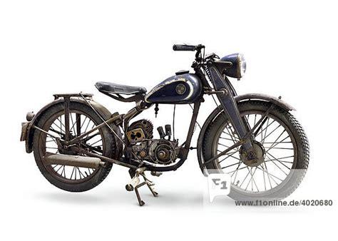 Suche Puch Motorräder by 1947 Puch 125 Altes Motorrad Aus Der Zeit Des 2