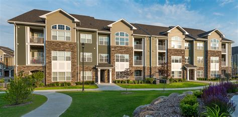 long island appartments apartments for rent on long island ny the reserve at the boulevard