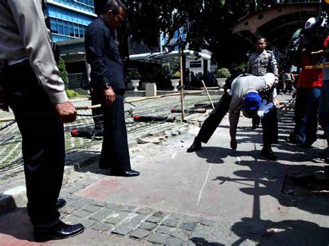 detiknews kecelakaan maut polisi olah tkp kecelakaan xenia maut
