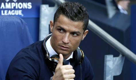 ronaldo juventus income cristiano ronaldo salary juventus sign 163 105m real madrid how much will he earn