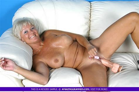 Hot Granny Bares Her Luscious Breasts And F Xxx Dessert