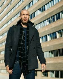 Sweater Real Madrid 001 zin 233 dane zidane celebrates new mango ads