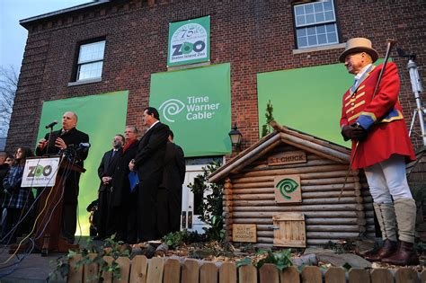 groundhog day staten island zoo time warner cable sponsors 2012 groundhog day ceremony