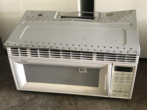 whirlpool under cabinet microwave whirlpool under cabinet microwave le appliance