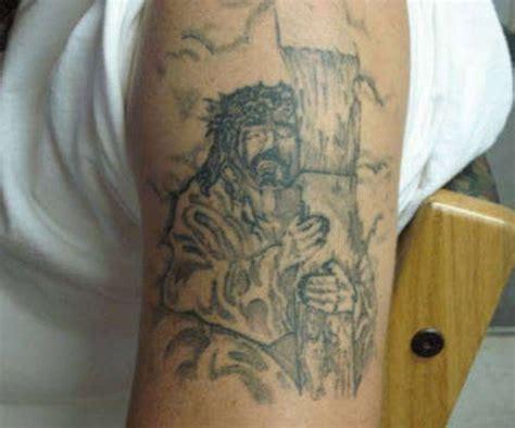 jesus tattoo gone wrong 21 awful jesus tattoos sick chirpse
