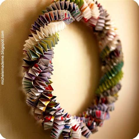 How To Make Paper Out Of Magazines - diy wreath make a box chain paper wreath out of