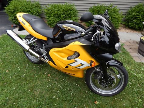 triumph tt600 for sale from the jaws of victory 2000 triumph tt600 rare