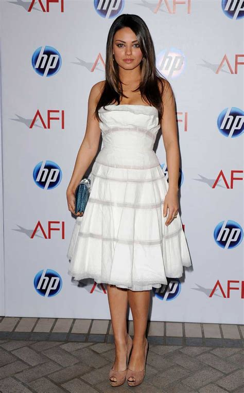 Dress Milla White mila in white dress milena markovna quot mila quot kunis