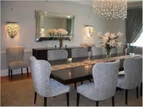 breakfast room dining