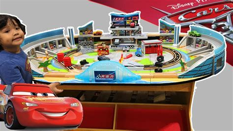 Cars 3 Wooden Trackset Play Table Kidkraft Florida