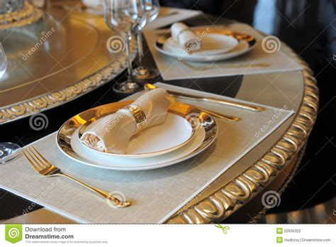 elegant dinner elegant dinner stock photography image 22635322