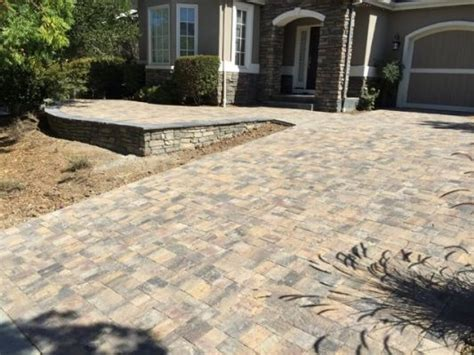 calstone quarry stone driveway pavers  greens