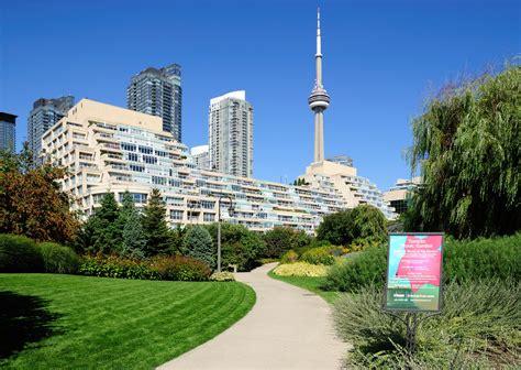 Toronto Garden by File Toronto On Toronto Garden Jpg