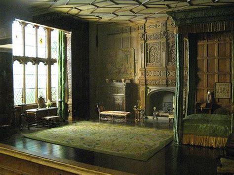 best 25 medieval bedroom ideas on pinterest castle medieval castle bedroom www imgkid com the image kid