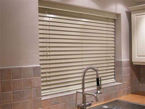 kitchen blinds and shades ideas 8 kitchen window treatment ideas 3 blinds