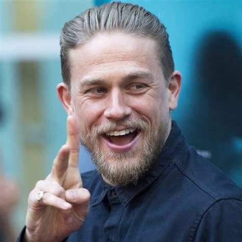 how to get charlie hunnam hair videos of charlie hunnam doing push ups popsugar celebrity