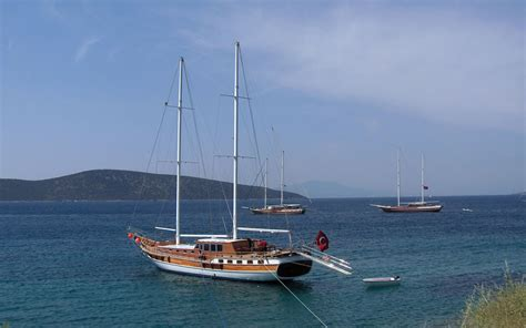 catamaran ship bodrum everything you need to know about gullet ships split