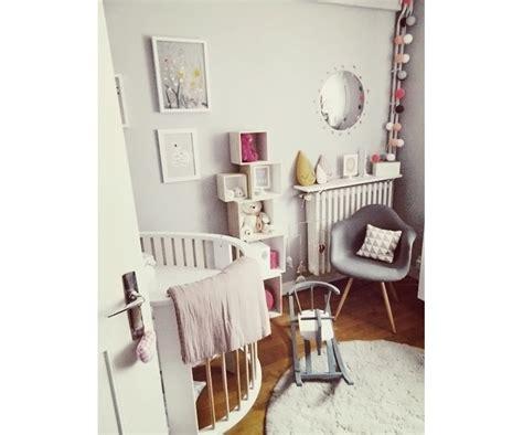Exceptionnel Papier Peint Chambre D Enfant #7: xnspiration-deco-petite-chambre-bebe.png.pagespeed.ic.TFWzwMrbUs.jpg