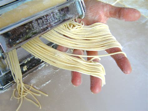 How To Make Handmade Noodles - easy how to guide to pasta