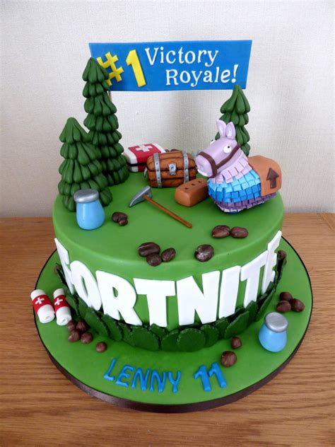 fortnite birthday cake fortnite themed birthday cake 171 susie s cakes