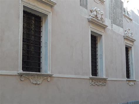 soglie e davanzali soglie e davanzali in marmo realizzati su misura