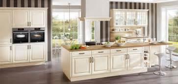 Design Line Kitchens geschmackvolle landhausk 252 chen behaglichkeit