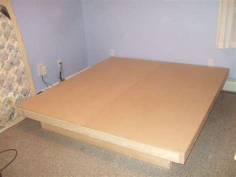 modern platform bed    diy